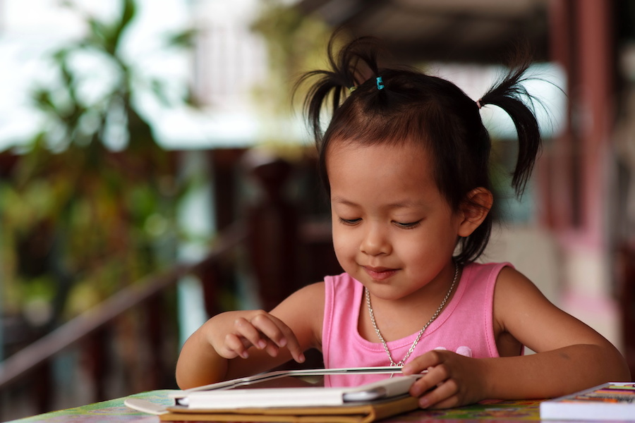 Tips to Reduce Screen Time for Your Young Child
